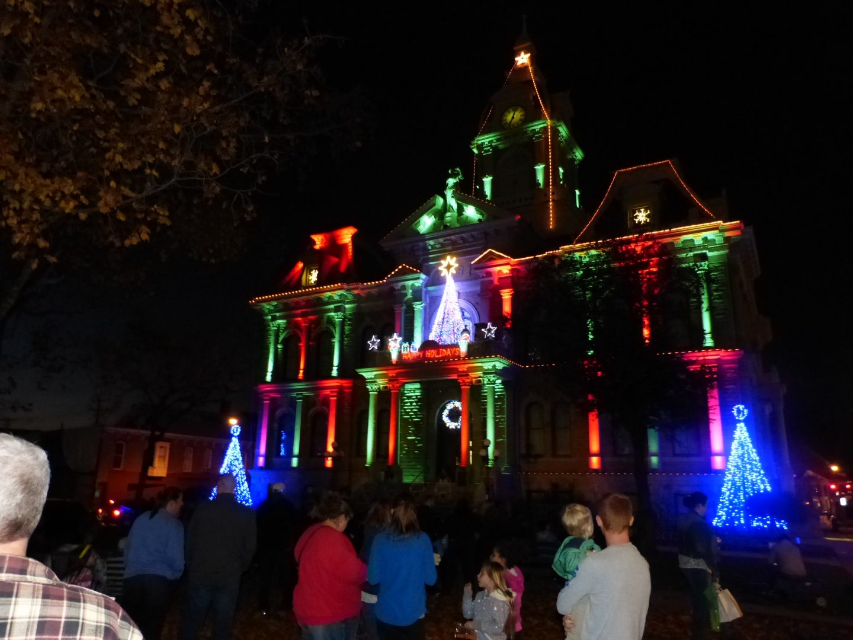luminaries spectacular lighting display. Courthouse Holiday Lights \u0026 Music Show Luminaries Spectacular Lighting Display